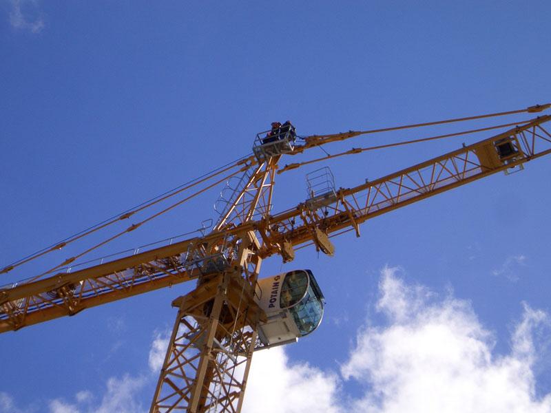 Pontain - Crane Hire Sydney & Brisbane
